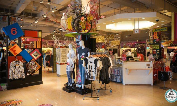 Disney Fashion boutique mode Disney Village