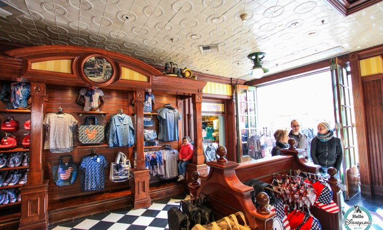 Main Street Motors Boutique Disneyland Paris