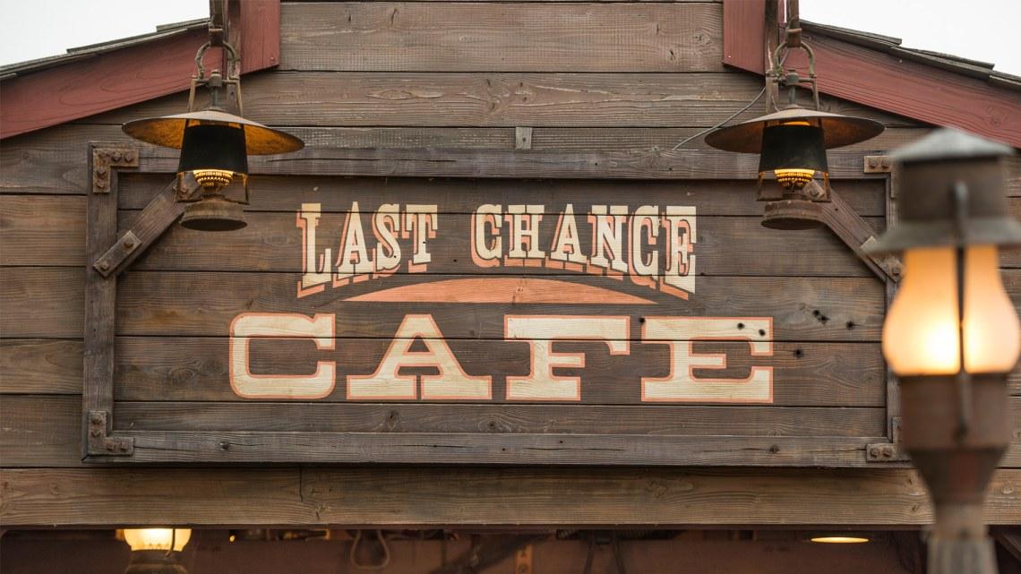 last-chance-cafe-disneyland-paris