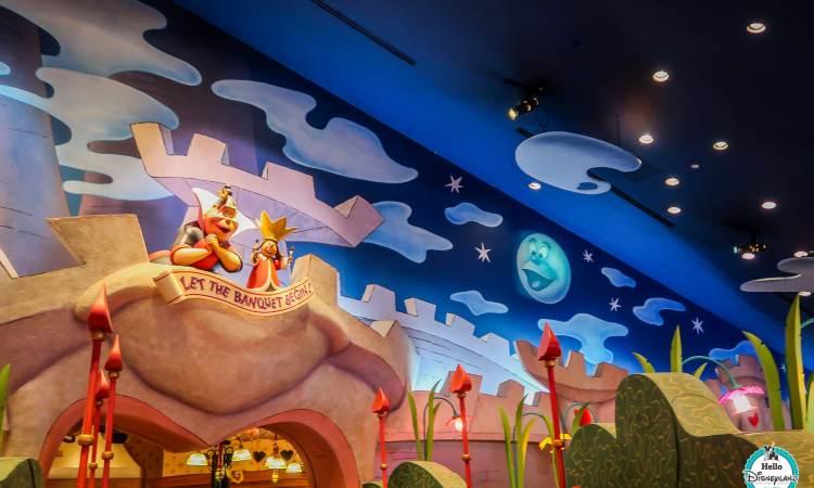 Tokyo Disneyland - Queen of Hearts Banquet Review