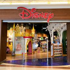 Fermeture Disney Store Lyon Part Dieu-1
