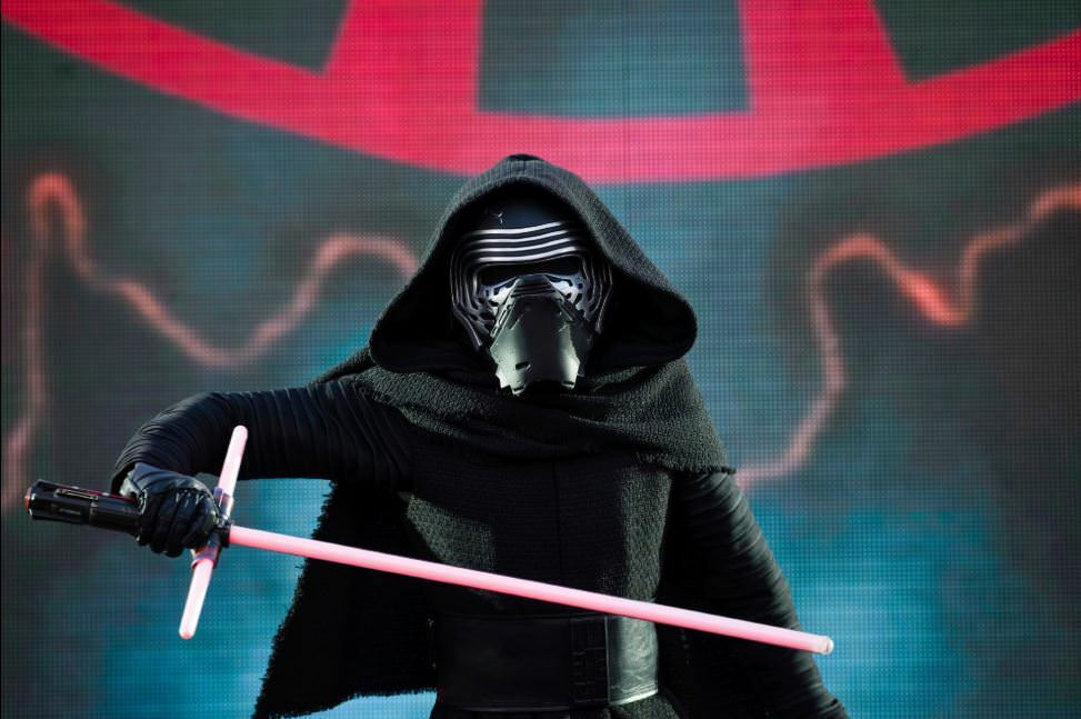KYLO_REN_DISNEYLAND_PARIS