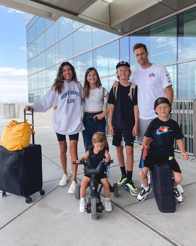 family travel style