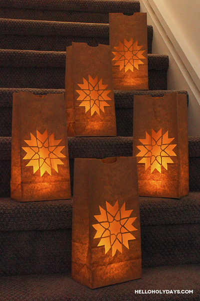 Ramadan luminaries by Hello Holy Days! 8 pointed star which blossoms out into carnation flower.