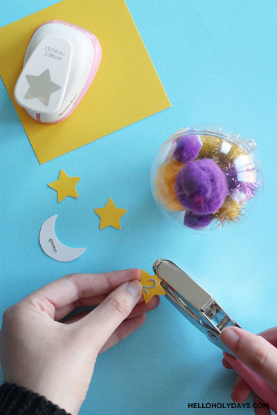DIY Ramadan calendar using Christmas ornaments by Hello Holy Days!
