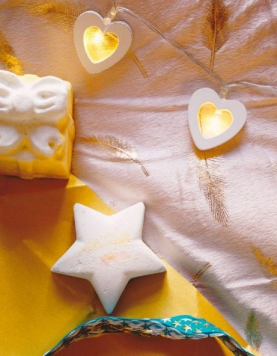 "Good as Gold: Lush ""Golden Wonder"" Gift Box Review"