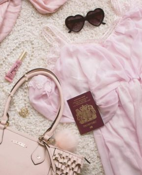 How To Do Gyaru On Holiday – Travel Tips!