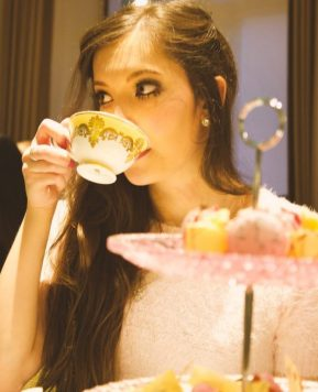 Down the Rabbit Hole: Alice in Wonderland Afternoon Tea at Kona