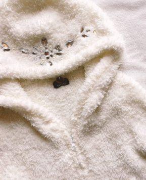 One Item Five Ways: White Bejewelled DaTuRa Hoodie