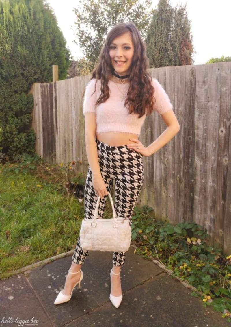 Houndstooth outfit by hellolizziebee