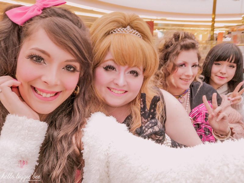 UK gyaru Lizzie, Danielle, Rachel and Karen