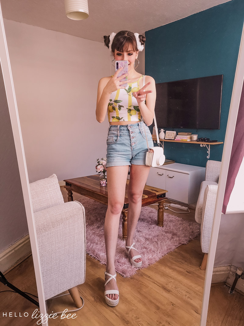 How to style denim shorts for the summer by hellolizzieebee
