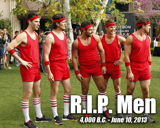 The red team of Brooks, Mikey, Michael, Chris and Brandon lose at dodge ball on the Bachelorette.