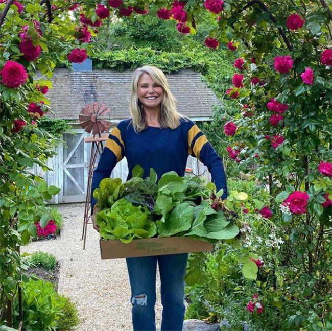 christie-brinkley-garden-harvest