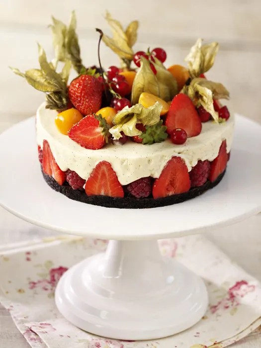 White Chocolate And Fruit Cake With Flourless Coco Sponge