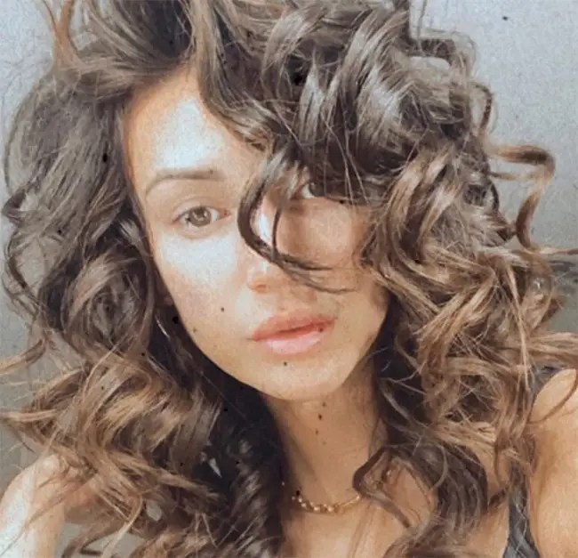 16 Celebrities Embracing Natural Hair