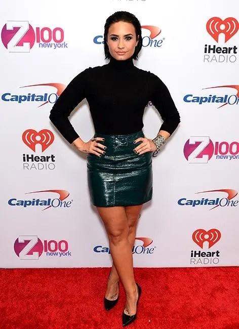 Demi Lovato Reveals Why She Avoids Make Up Tutorials