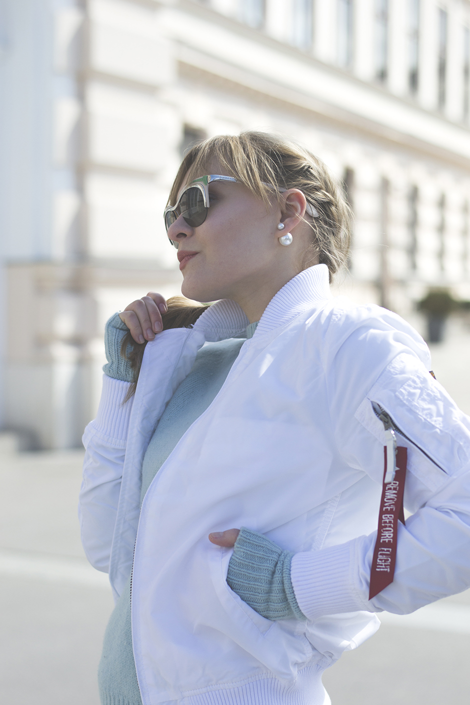 Bomber Jacke weiss Outfit Streetstyle Fashionblog Style Sandbox Vienna Wien Blog Lifestyle 5