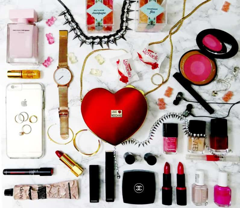 Valentines-Day-Gift-Guide-Love-Sweetheart-Sugar-Hello Nance Beauty Fashion Travel Lifestyle Canada