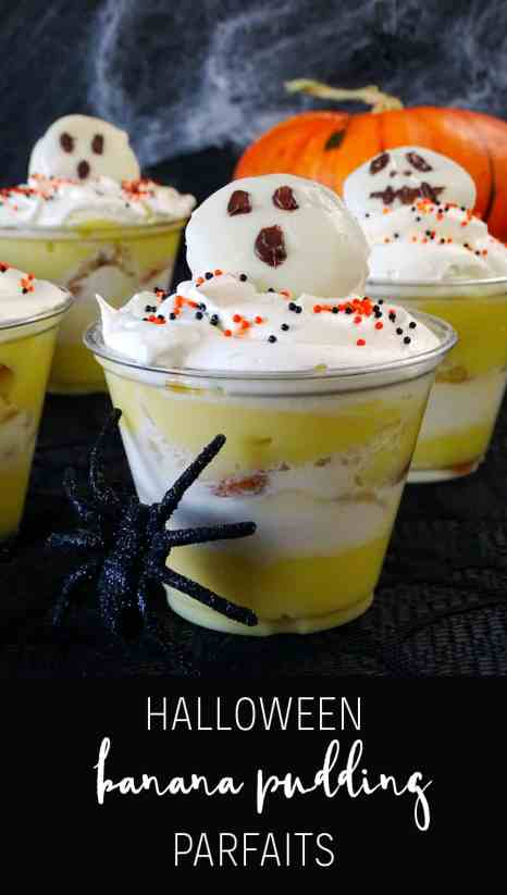 Need a fun dessert that's kid and adult approved? You've got to try these Halloween Banana Pudding Parfaits! So good and so simple!