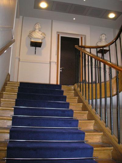passage pour escalier et couloir uni 1200