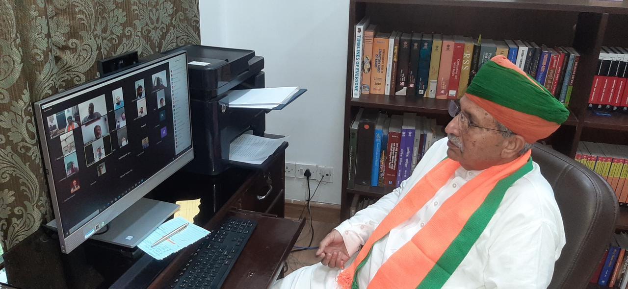 More News:   Arjun Ram Meghwal,  Union Minister,   Bikaner News, CoronaVirus, Ambulance in Khajuwala, Bikaner Division, Khajuwala Ambulance,
