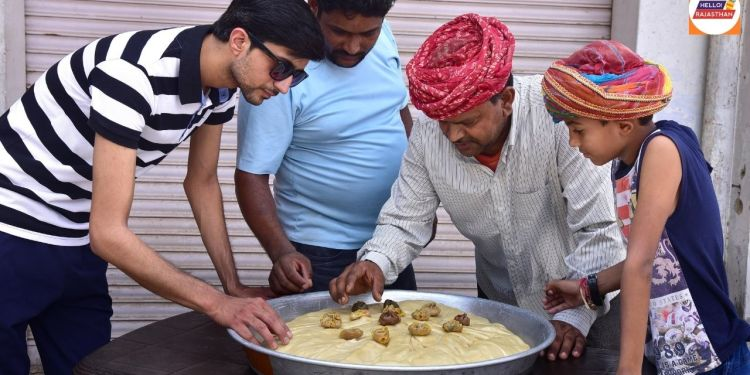 momos, momos recipe, momos near me, wow momos, kingdom of momos, veg momos recipe, chicken momos, veg momos, how to make momos, chicken momos recipe, momos chutney, momos recipe in hindi, momos chutney recipe, how to make veg momos, momos recipe veg, chalte firte momos, Bikaner,