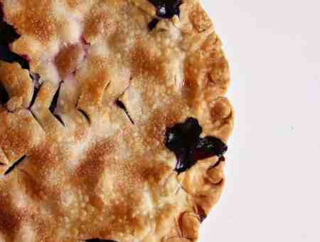 simple blueberry pie
