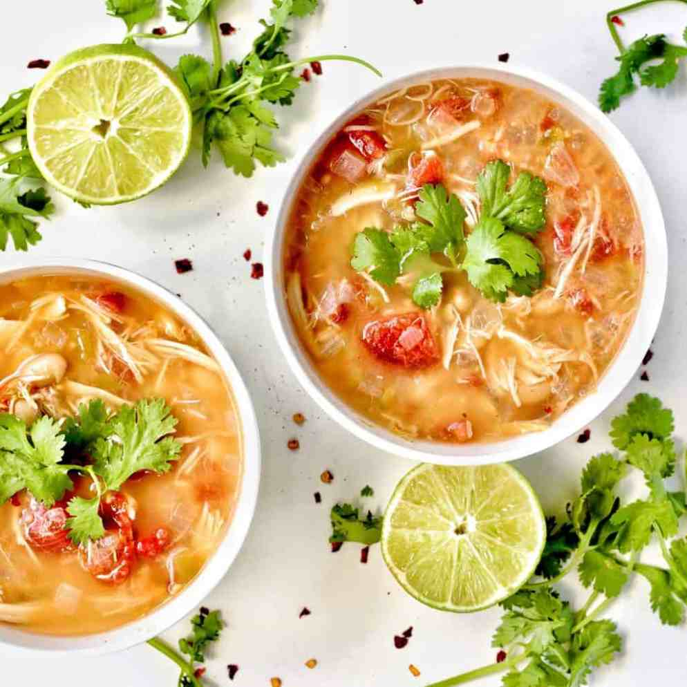 Slow Cooker White Chicken Chili - Healthy & Easy