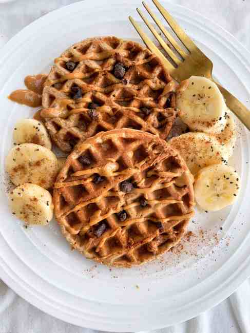 Healthy Whole Wheat Oatmeal Banana Waffles