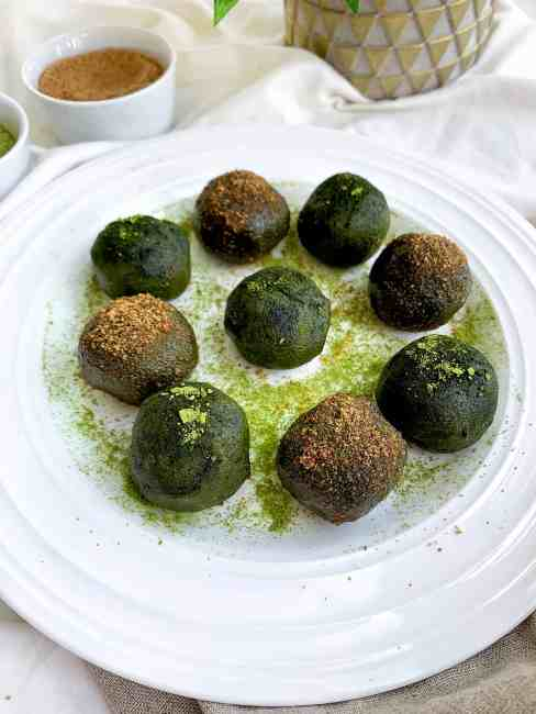 Avocado Matcha Energy Balls