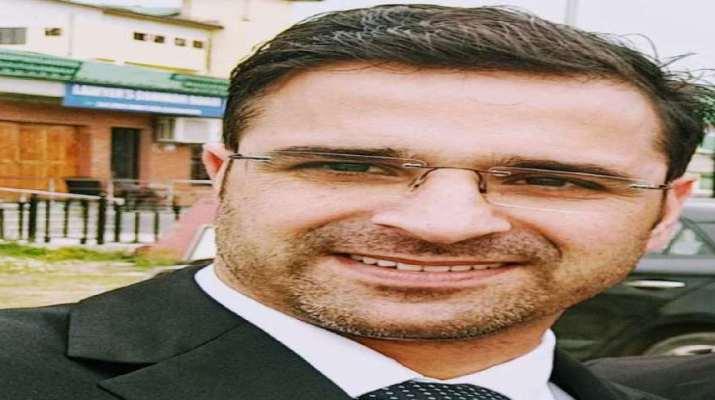 Jammu & Kashmir: Advocate Babar Qadri shot dead in Srinagar 1
