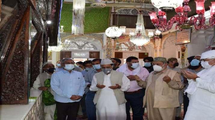 Jammu & Kashmir: Advisor Khan reviews Urs arrangements at Makhdoom Sahib (RA) Shrine 1