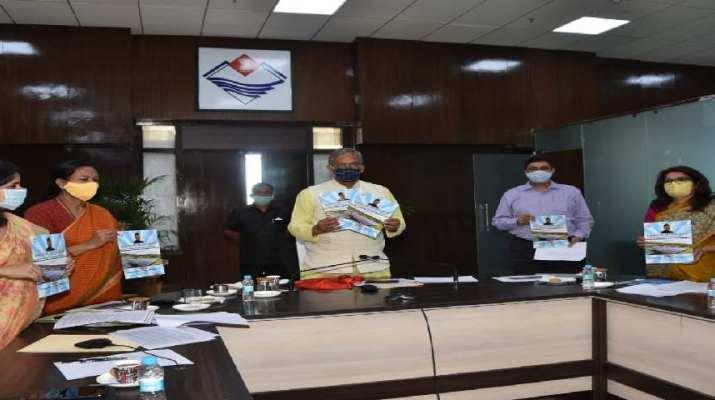 मुख्यमंत्री सौर ऊर्जा स्वरोजगार योजना शुरू, सोलर फार्मिंग से मिलेगा स्वरोजगार, मुख्यमंत्री त्रिवेन्द्र सिंह रावत ने योजना का किया शुभारम्भ 1