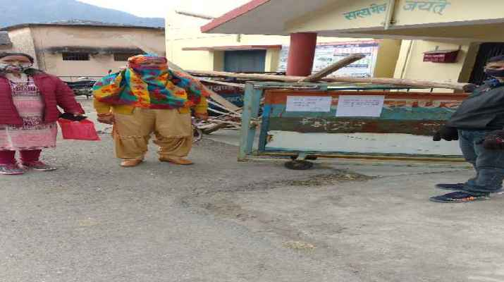 थाना कैम्पटी में चार पुलिस कर्मी कोराना संक्रमित, पूरे क्षेत्र में भय का माहौल 1