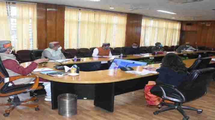 मुख्यमंत्री की अध्यक्षता में आयोजित हुई ग्राम्य विकास एवं पलायन आयोग की बैठक, आयोग के सुझावों पर राज्य सरकार ले रही नीतिगत निर्णय 1