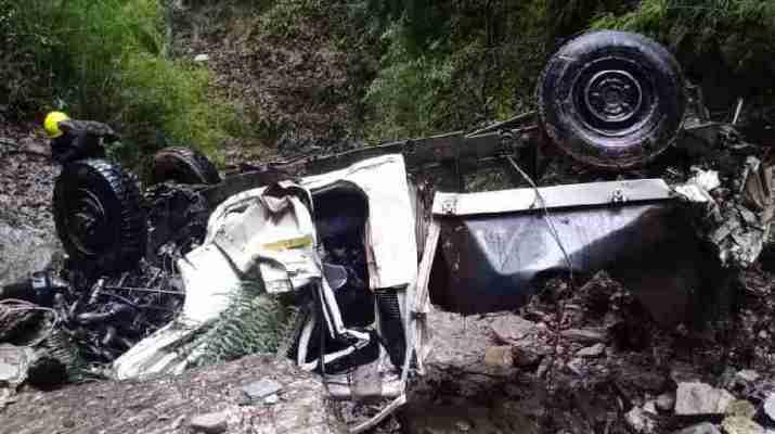 बागेश्वर: पिकप वाहन खाई में गिरने से हुई दो लोगों की मौत 1