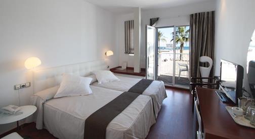Miramar Hotel & Lounge