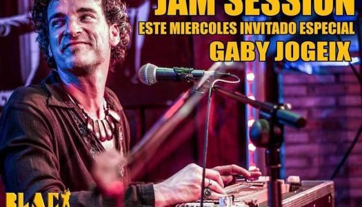 Gaby Jogeix  presenta su nuevo álbum en el Black Note Club de Valencia