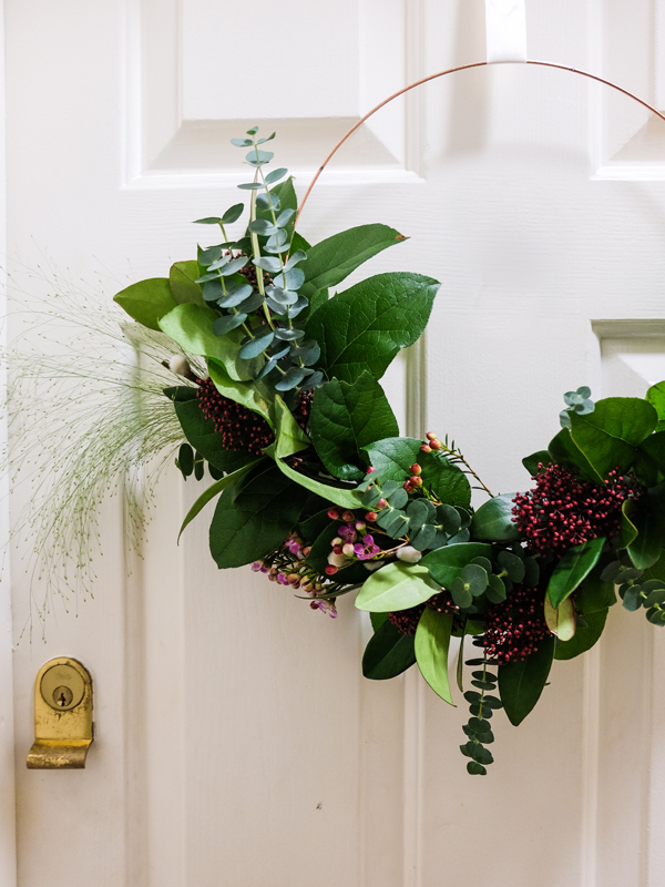 DIY striped doormat and a modern spring wreath | Hello Victoria