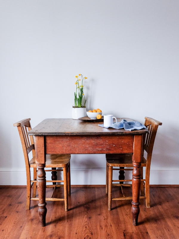 Antique dining table and chairs | Hello Victoria