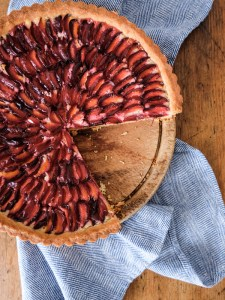 Damson and frangipane tart recipe | Hello Victoria