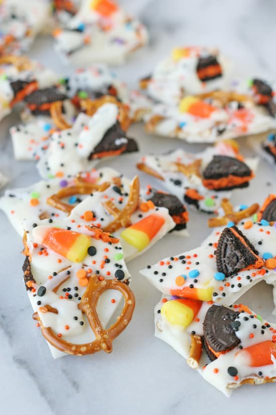 8 EASY LAST MINUTE HALLOWEEN TREATS KIDS CAN MAKE