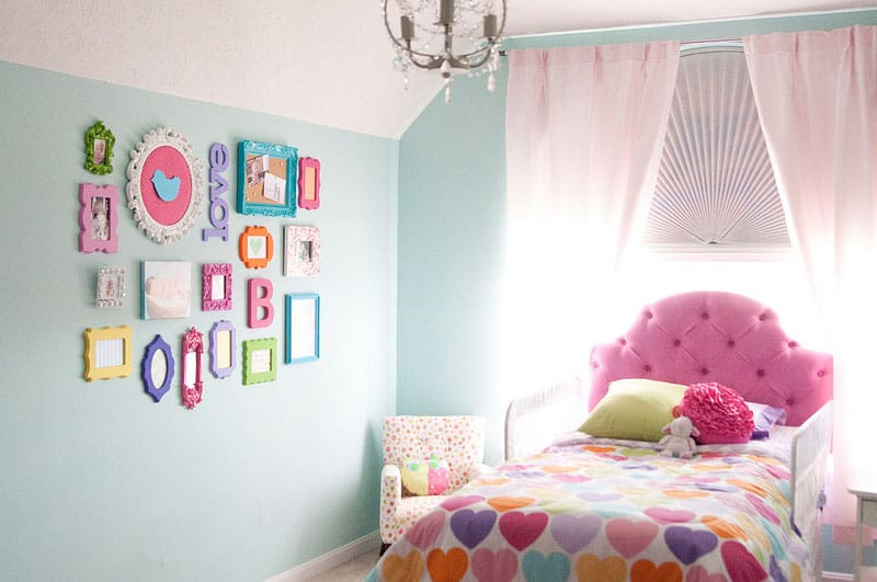 10 Unique Gallery Wall Ideas For Kids Rooms