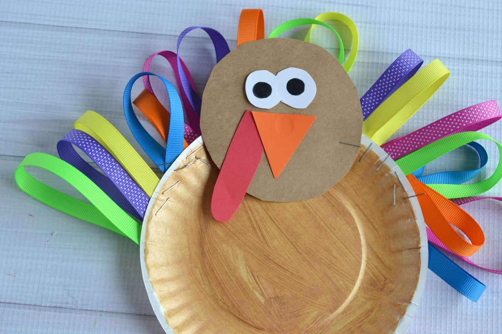 10 Artsy Turkey Projects Kids Can Make To Celebrate