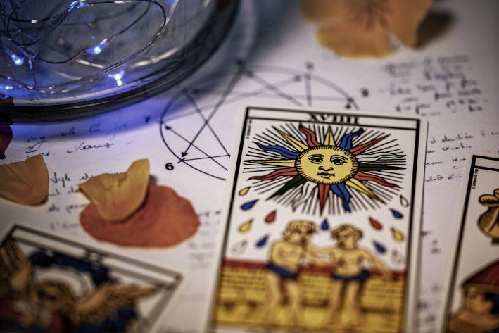 Spirituelle Lebensberatung mit Hellsehen und Kartenlen
