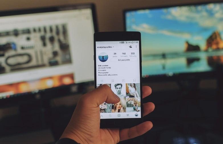 Simak Cara Membuat Efek Plotagraph di Ponsel Android Anda