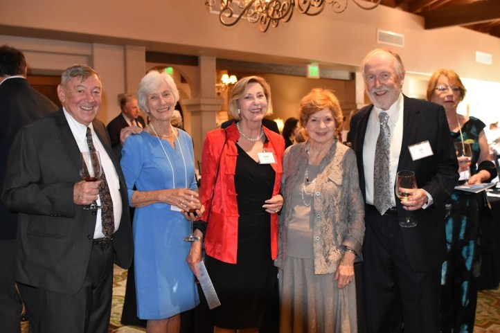 Fred & Judy Bayer, Esq., H.E.L.P. Board member, (left) with local mayor, Hon. Judy Mitchell, and honoree Sherry & Bill May/ the Palos Verdes Village.
