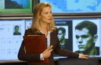 Pam Landy Bourne Ultimatum Joan Allen