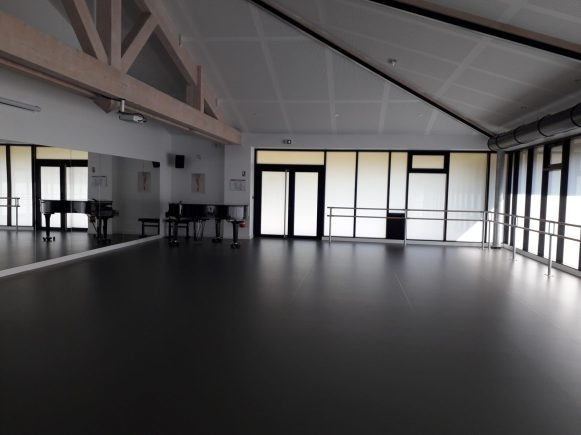 Salle danse Denentzat